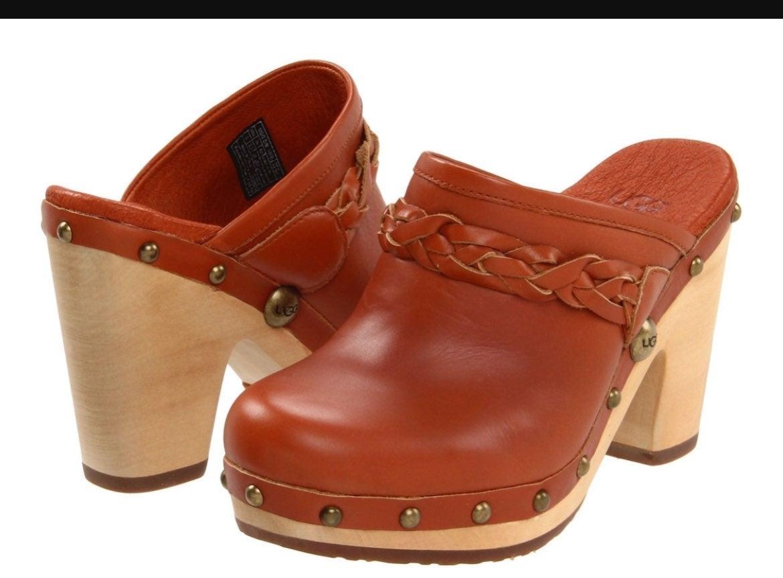 Kaylee Leather Ugg Clogs