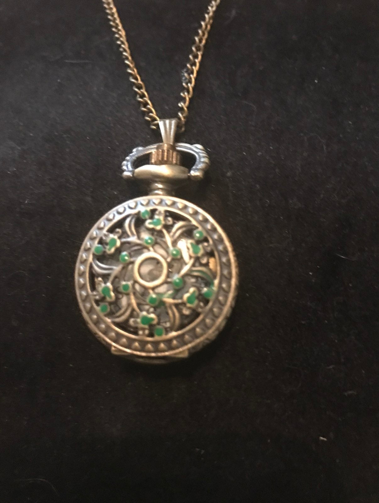 Women's vintage pendant watch