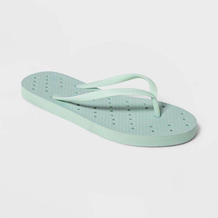 Room Essentials Shower Flip Flops M 8-9