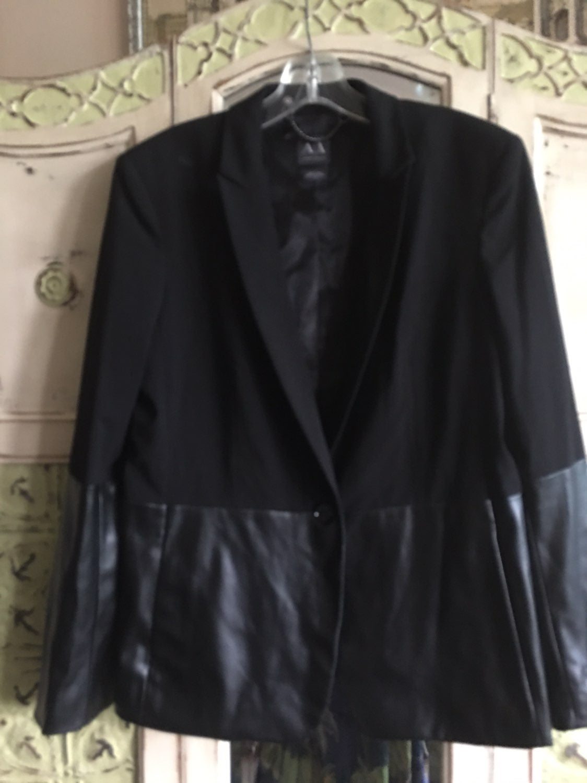 AX ARMANI EXCHANGE Vegan Leather Black B