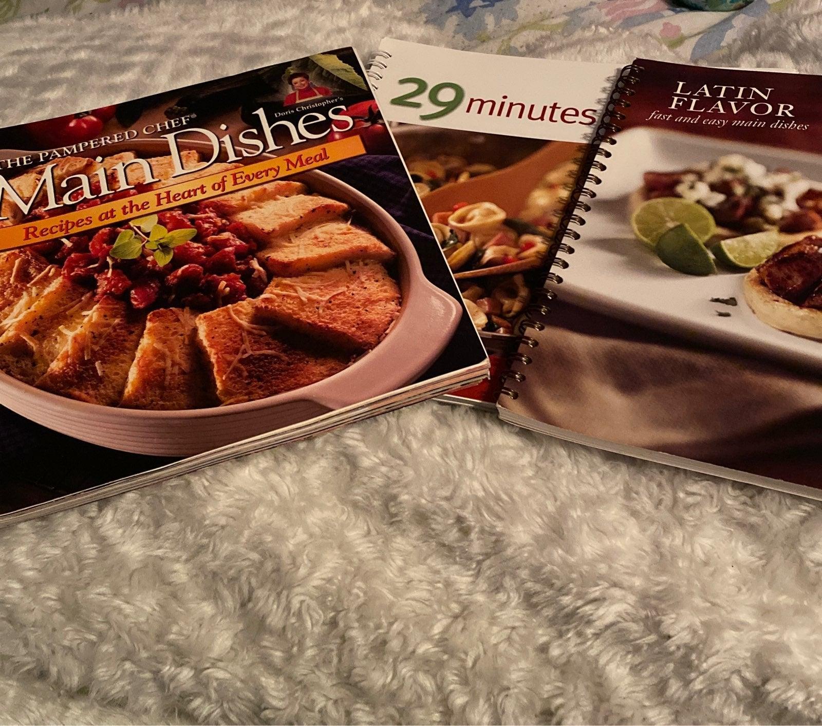 Pampered Chef cookbook set