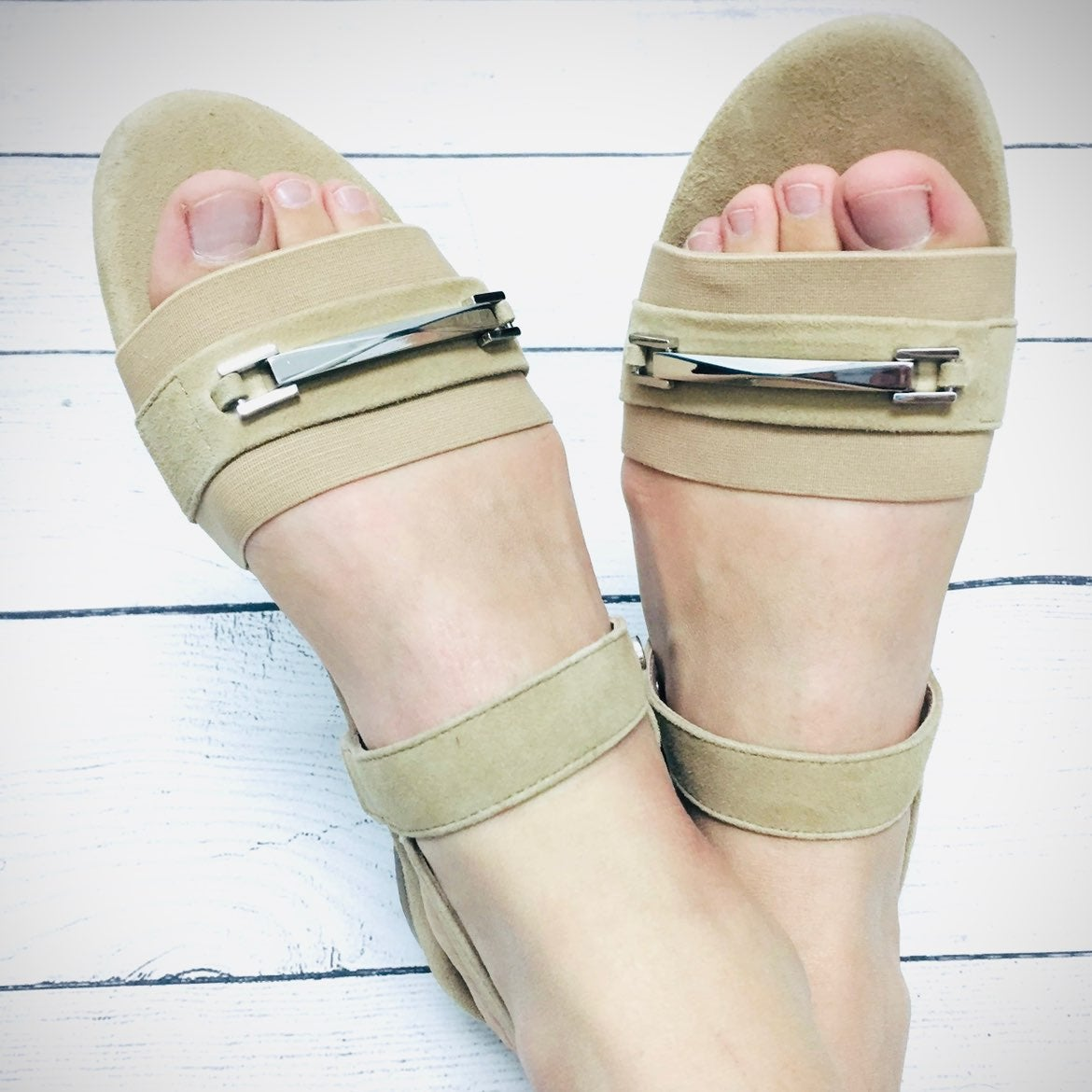 Taryn Rose Nude Leather Sandals 5.5
