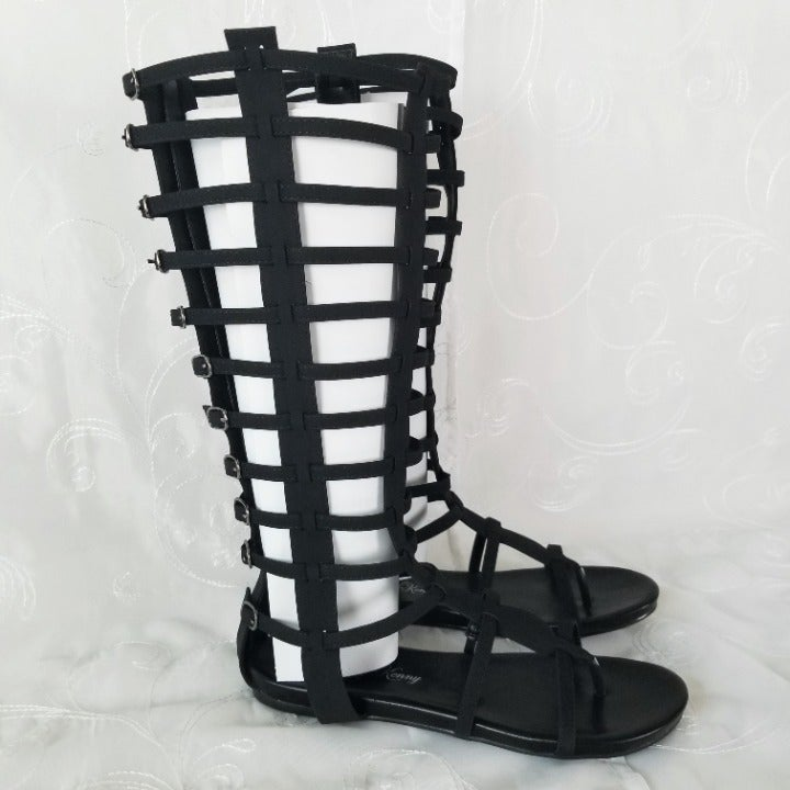 Penny Loves Kenny Sz 10 Black Sandals