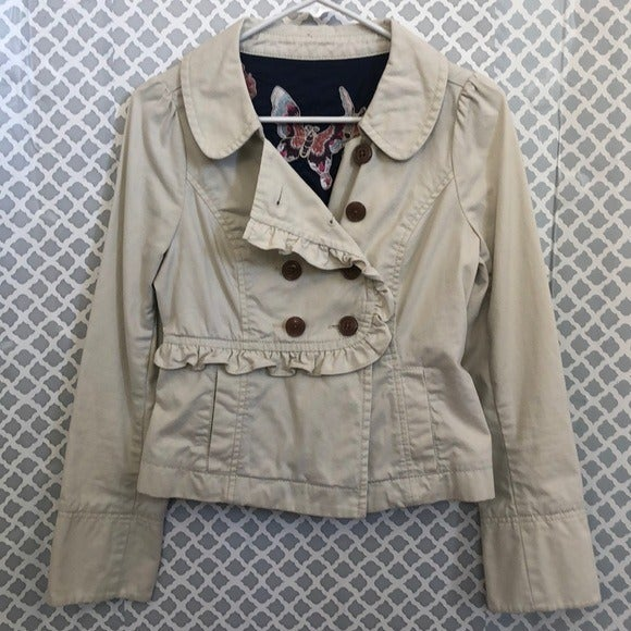 Ruffled khaki tan jacket