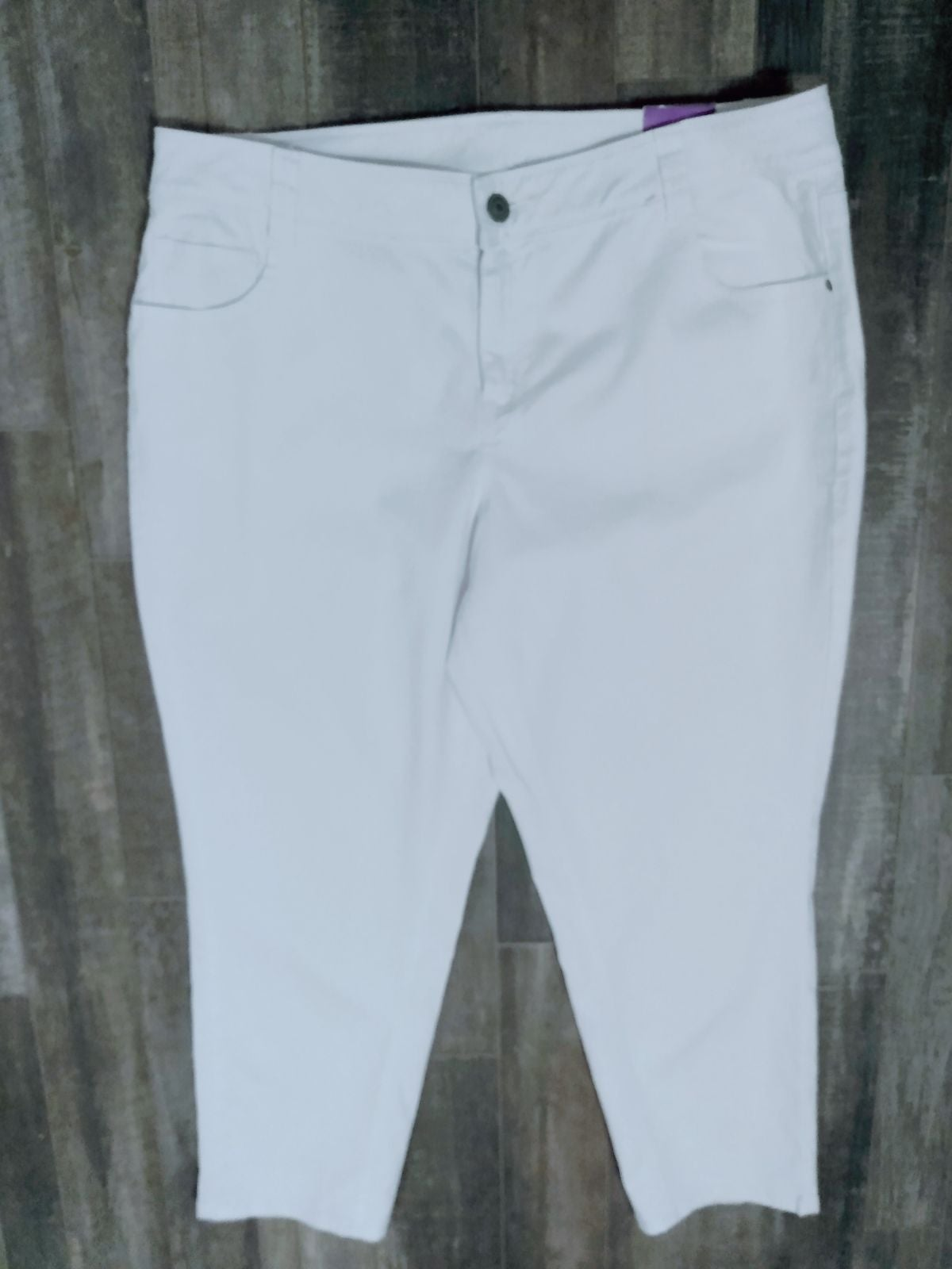 NWT Lane Bryant White Ankle Skinny Jeans