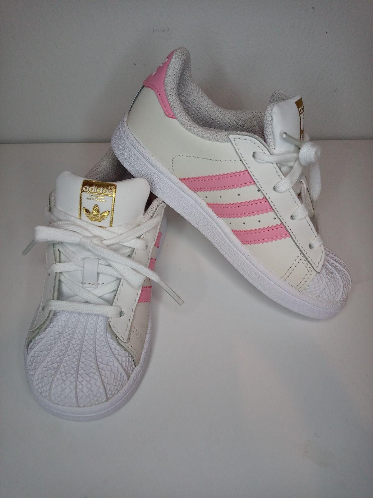 Adidas toddler girl size 10