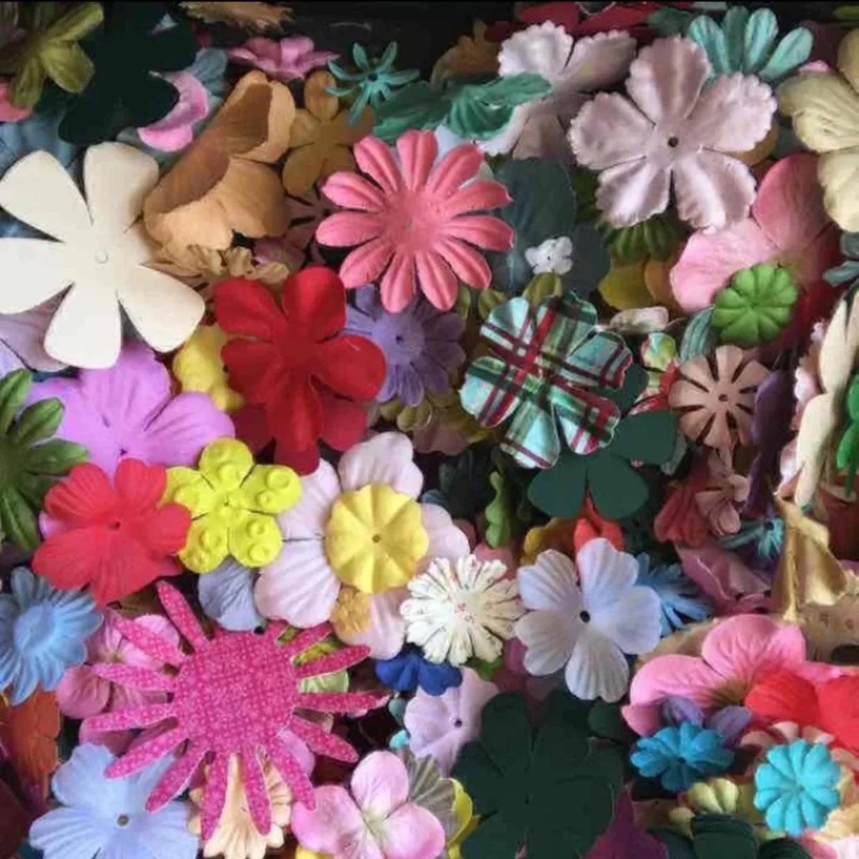 Scrapbooking Flowers Bundle Card Lot