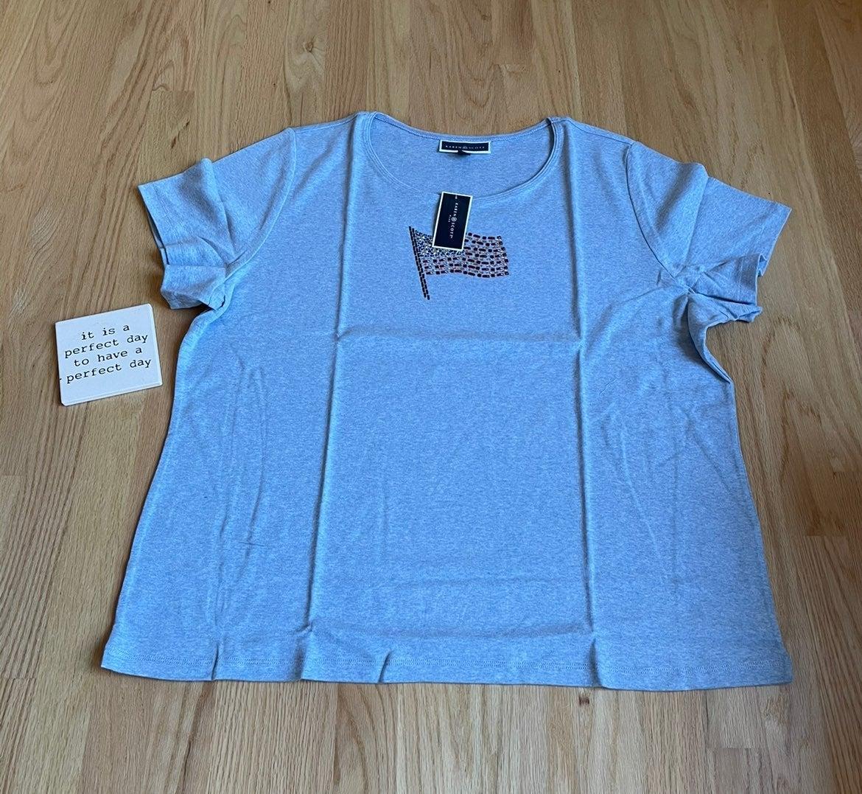 Heather blue & white tee. 3X. NWT
