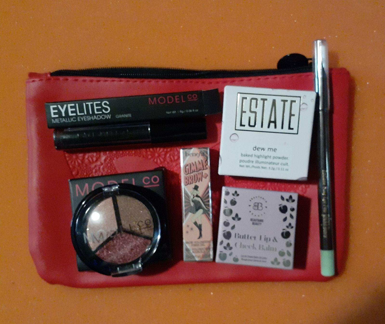 ModelCo & More Makeup Bundle