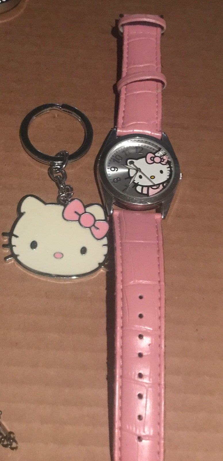 Hello kitty watch and key chain