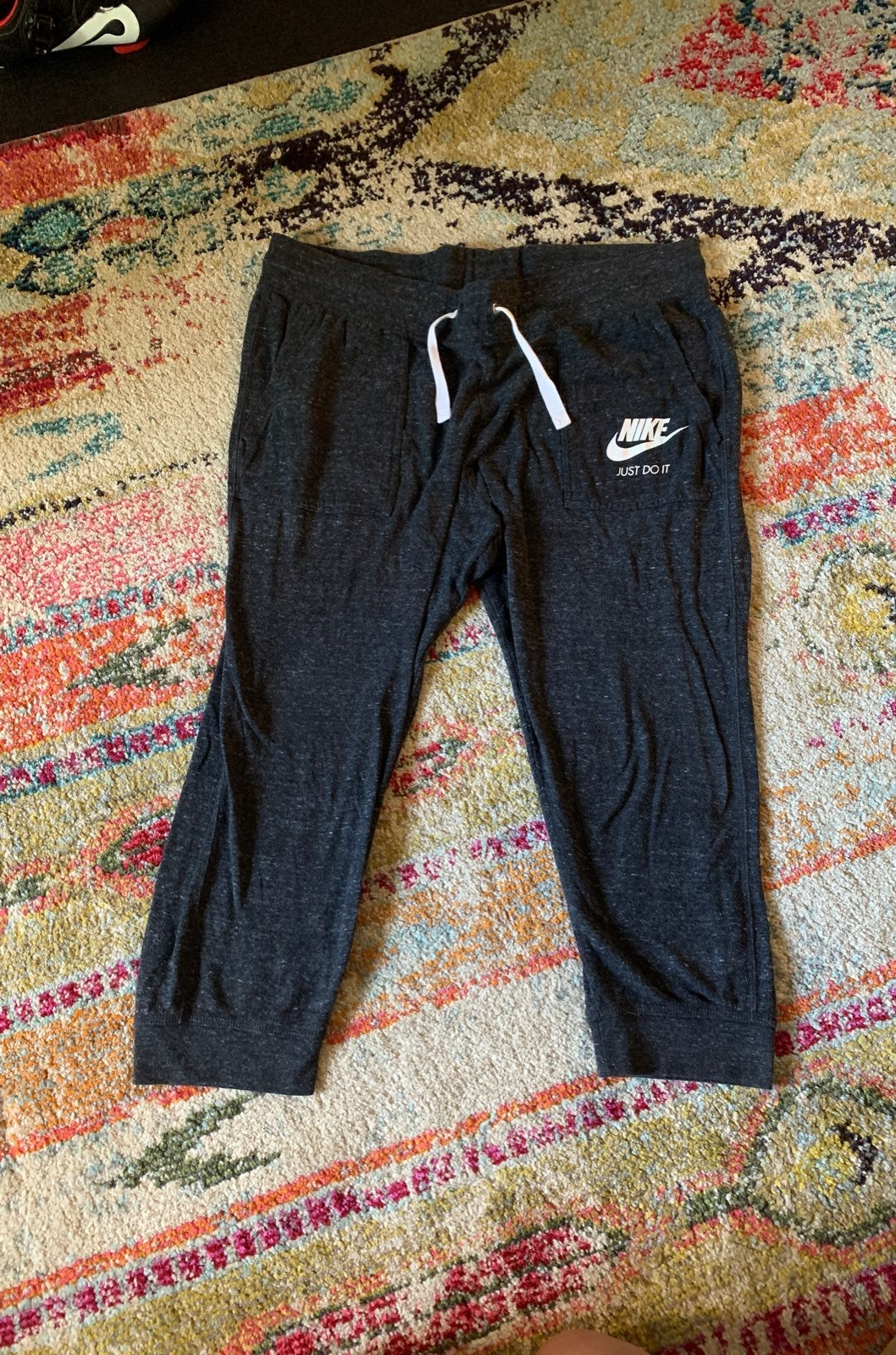 Nike Capris XL gray women sweatpants