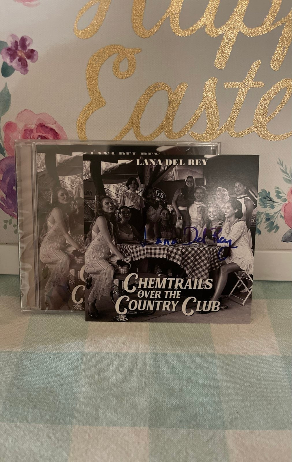Lana Del Rey chemtrails signed card