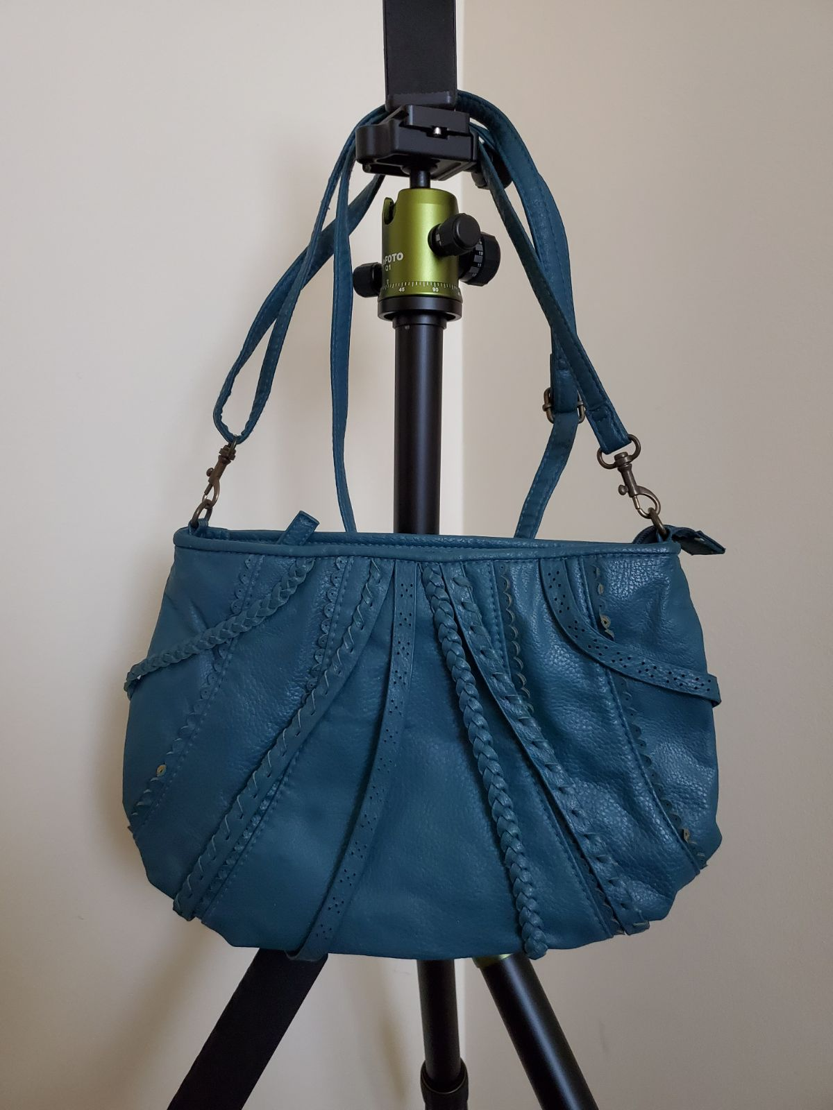 Candie's Teal Crossbody Purse