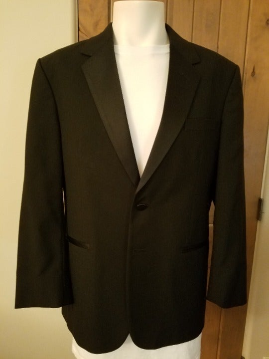 Men's Tux Jacket 40S from Jean Yves