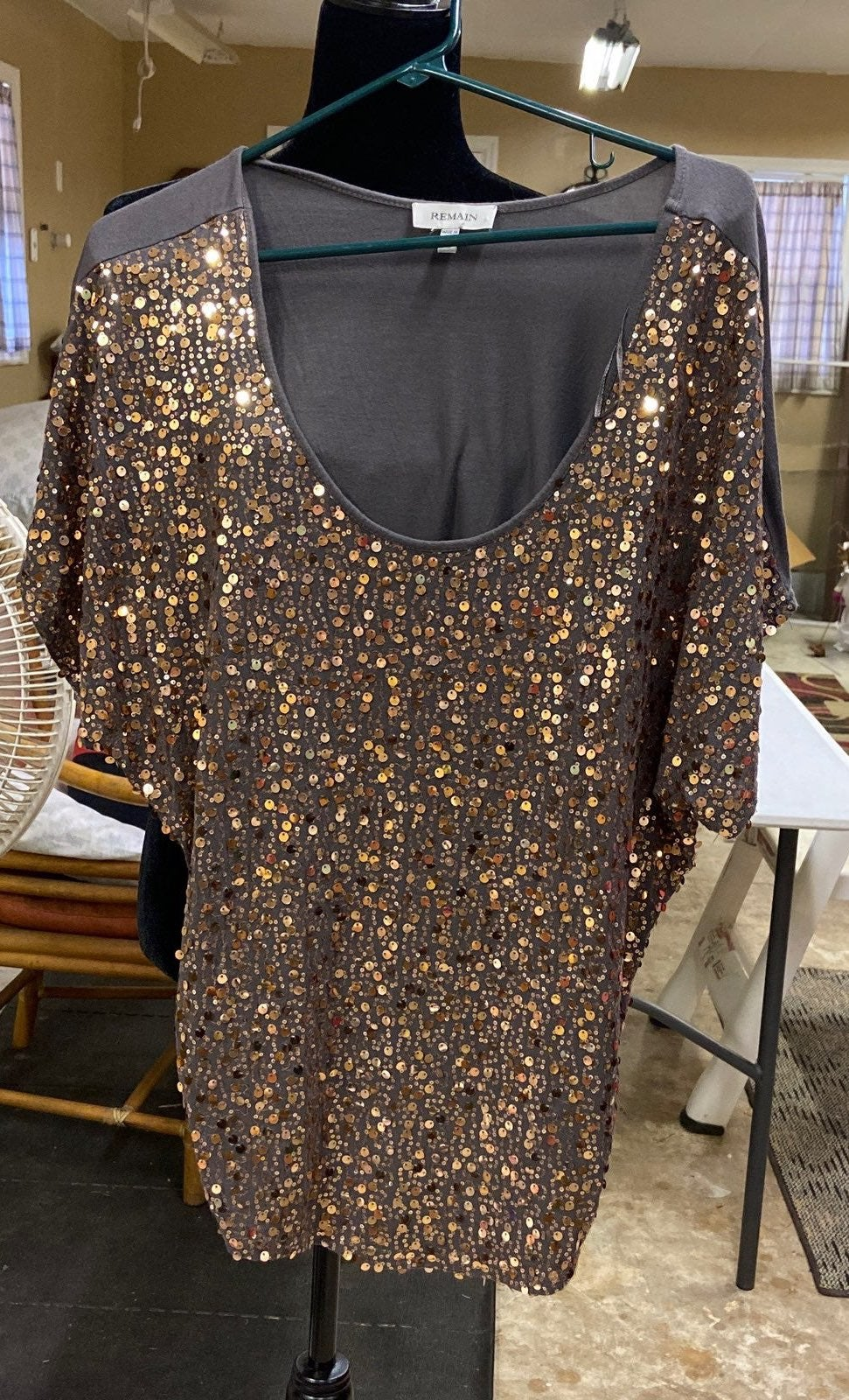 Copper sequined blouse Medium