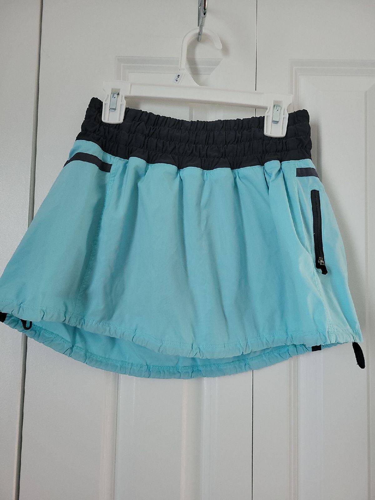 Lululemon Run Tracker skirt/skirt Sz4