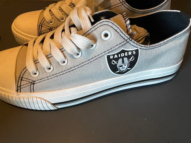 Raiders shoes Men's size 8