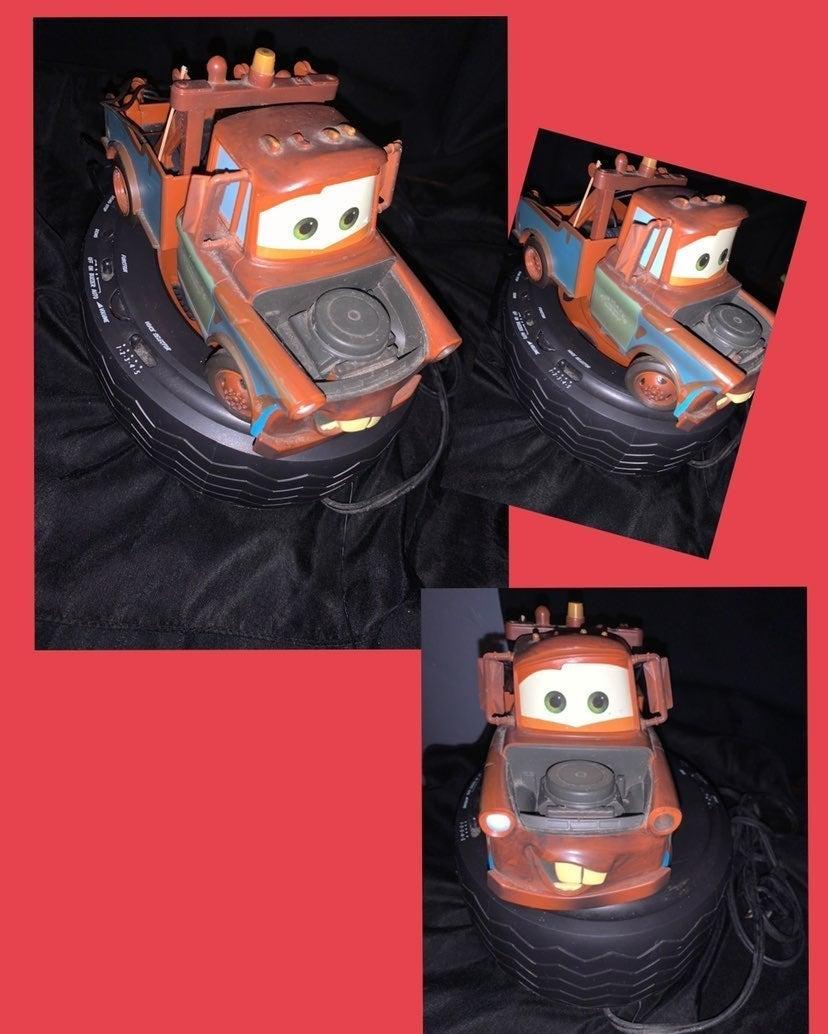 Disney Cars C300ACR Talking Tow Mater Ti