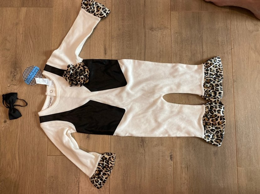 Babyrageous size 9 month leopard outfit
