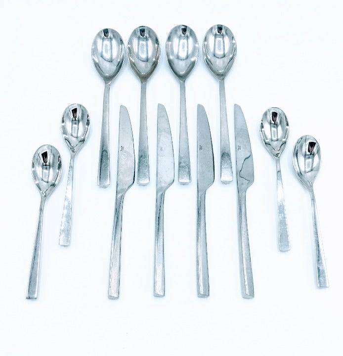 TOWLE LUXOR Stainless Flatware Set of 12