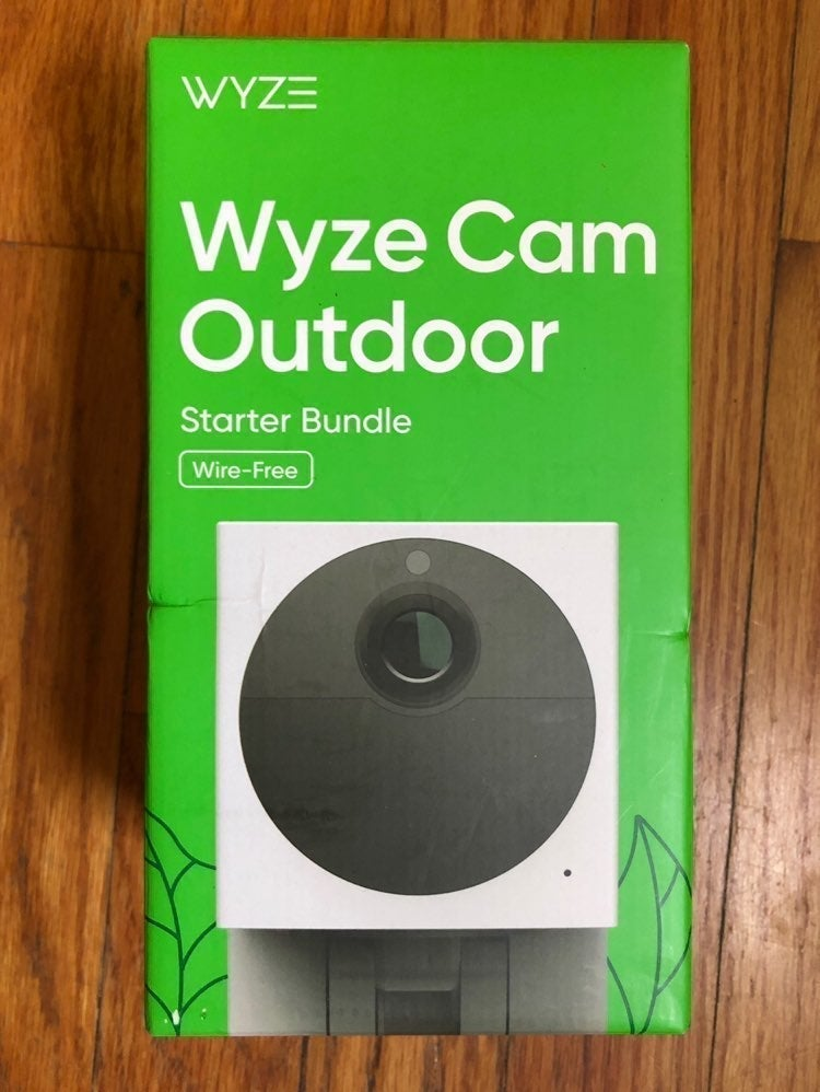 Wyze Outdoor Security Camera BUNDLE PACK