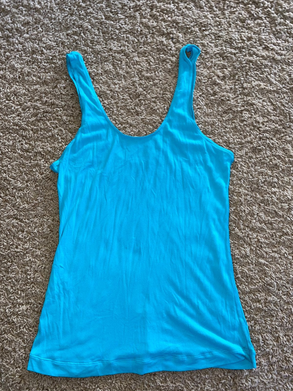 Women's Lululemon lightweight tank top