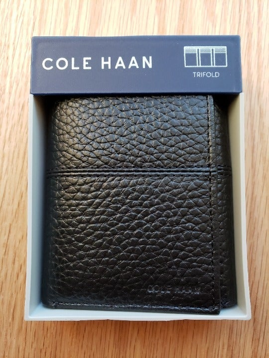 Cole Haan Trifold Leather Wallet Mens