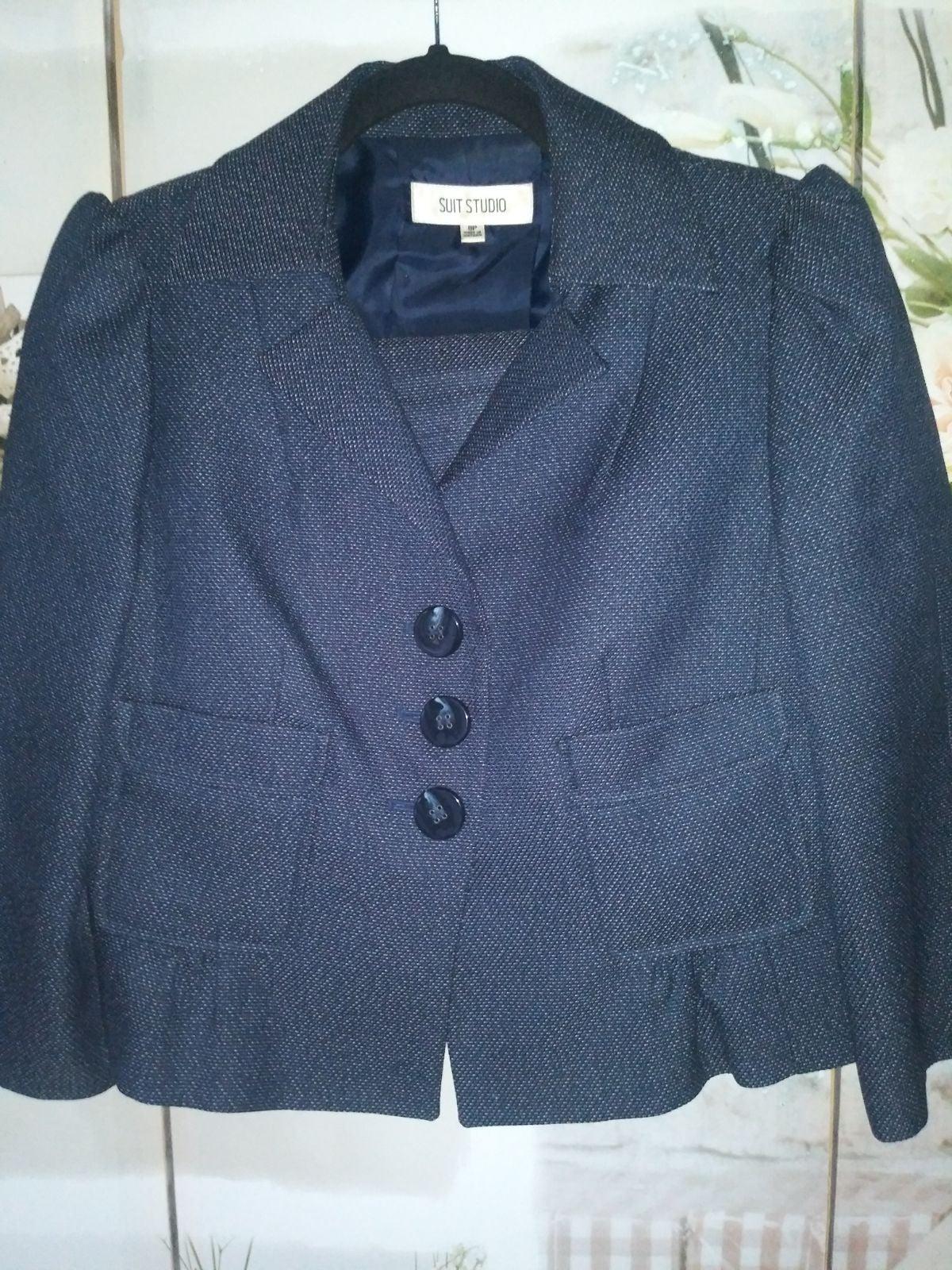 Suit Studio Skirt Suit Sz. 8P