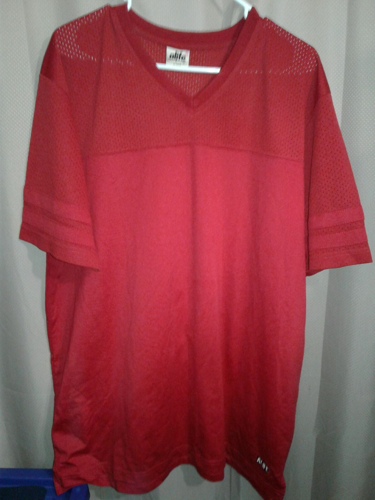 life mens jersey size XL red