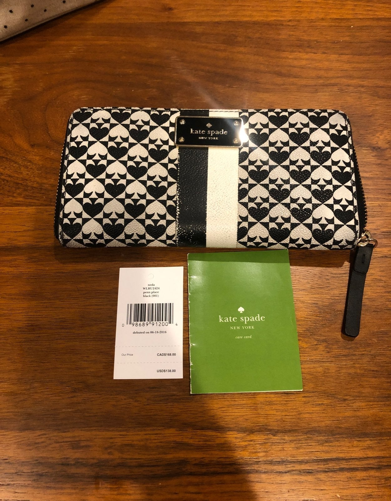Kate Spade Wallet and free Makeup Case