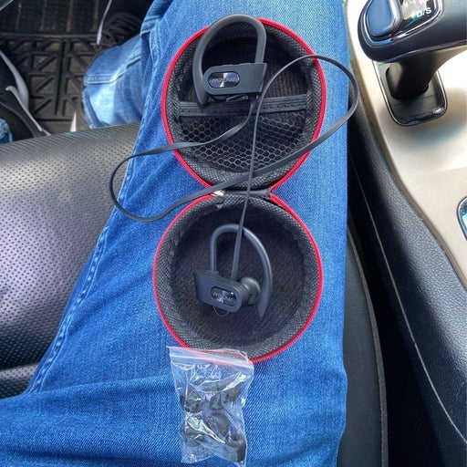 Earbuds Wireless Headphones in Black