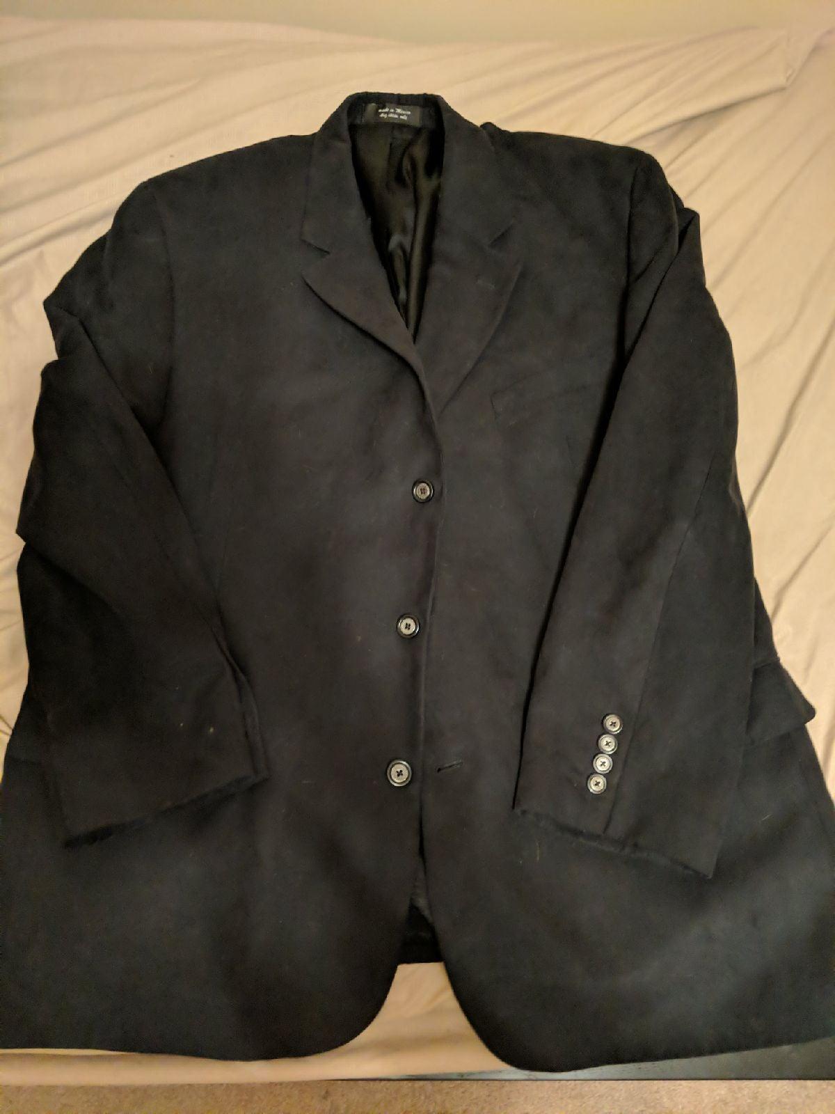 Sport coat and black