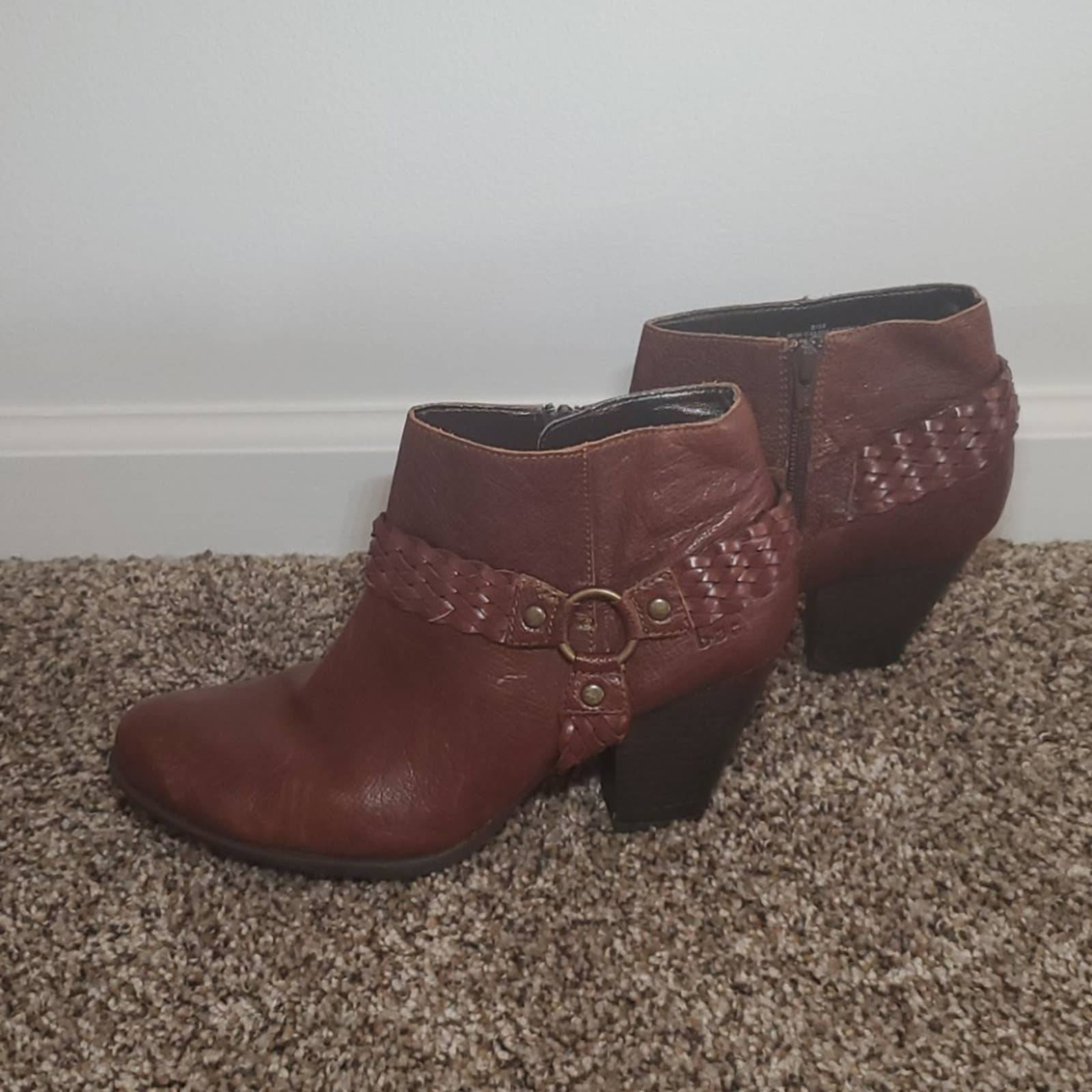 B. O. C. leather ankle boot