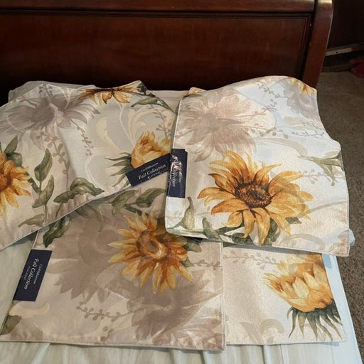 Sunflower Placemats Set Of 4 NWT Crofts&