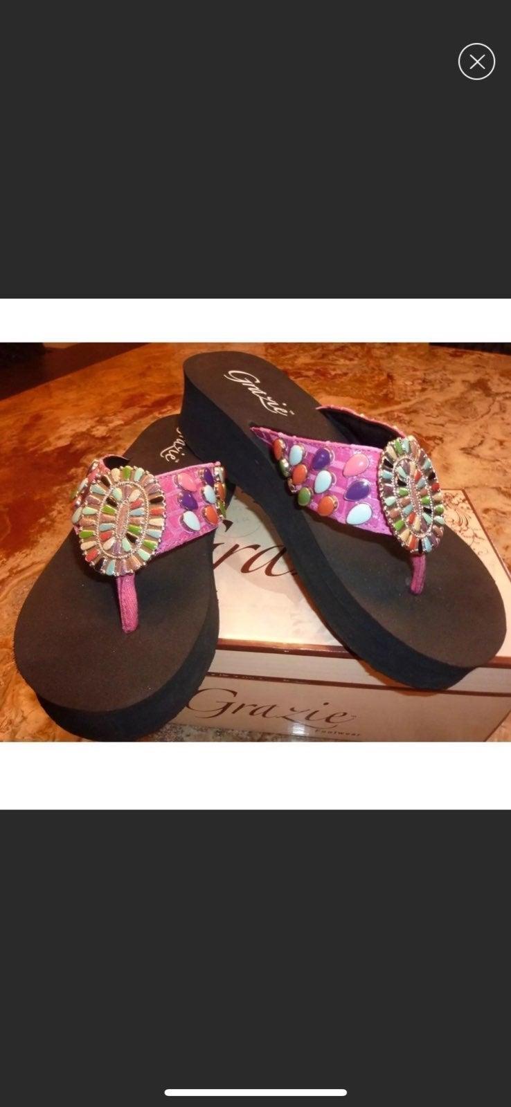 Grazie Wedge Flips Flops Sandals NEW
