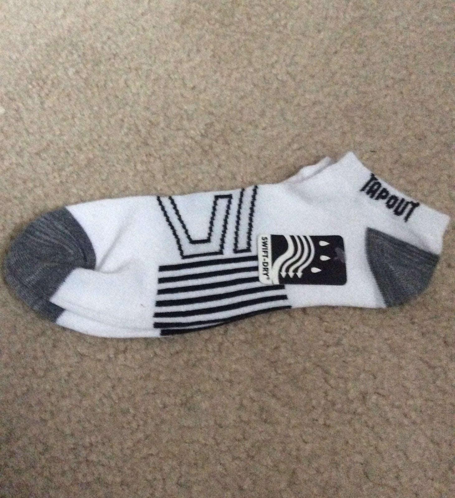 Tapout socks