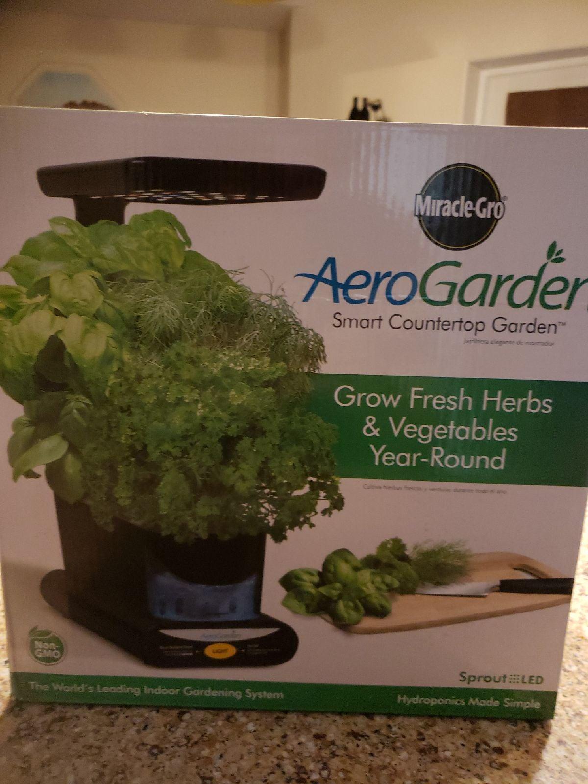 Miracle gro aero Garden