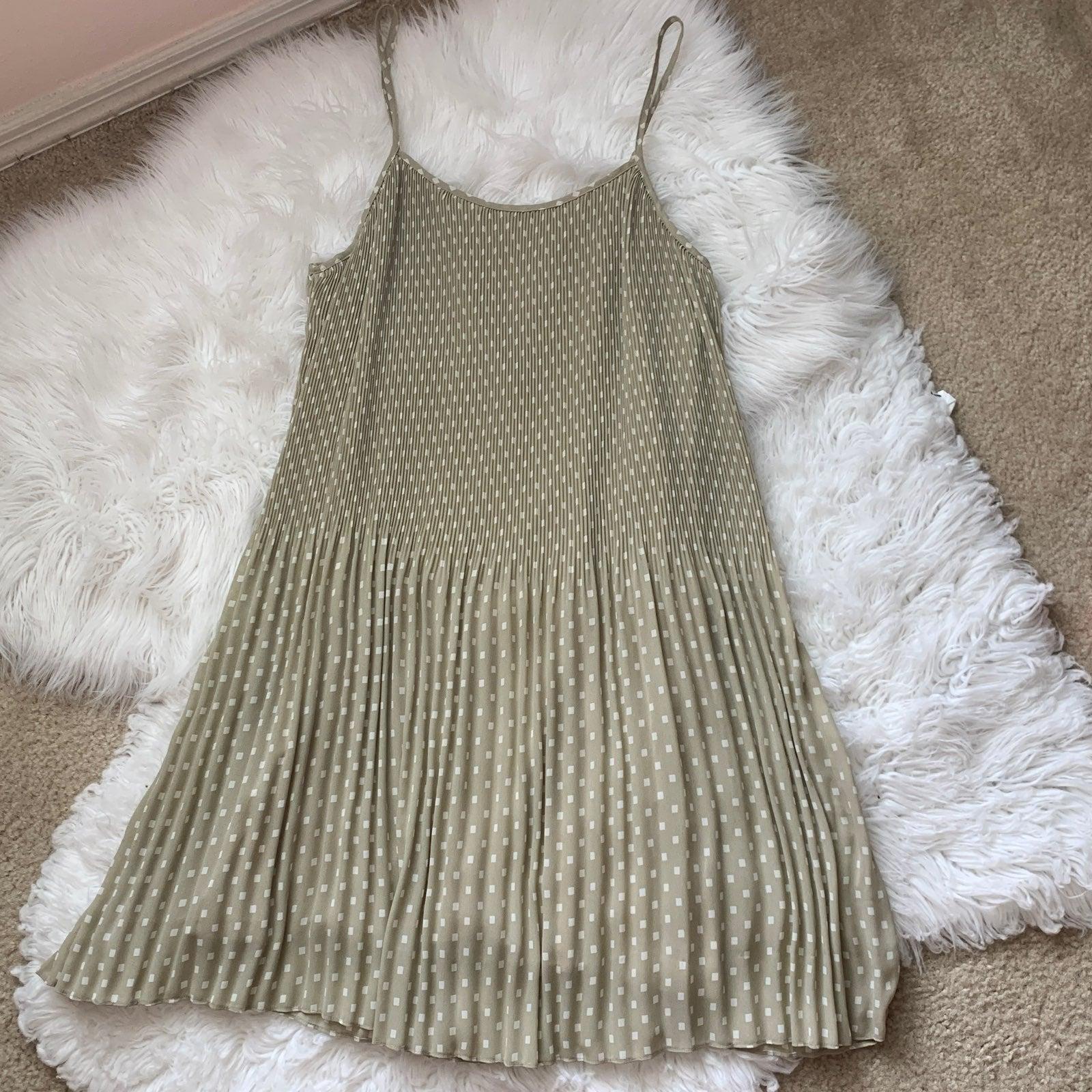 Vintage Cosmoploitan Pleated Dress 8