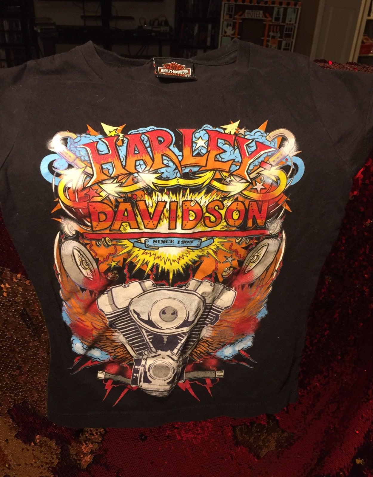 Boys Harley Davidson size 5-6 black tshi