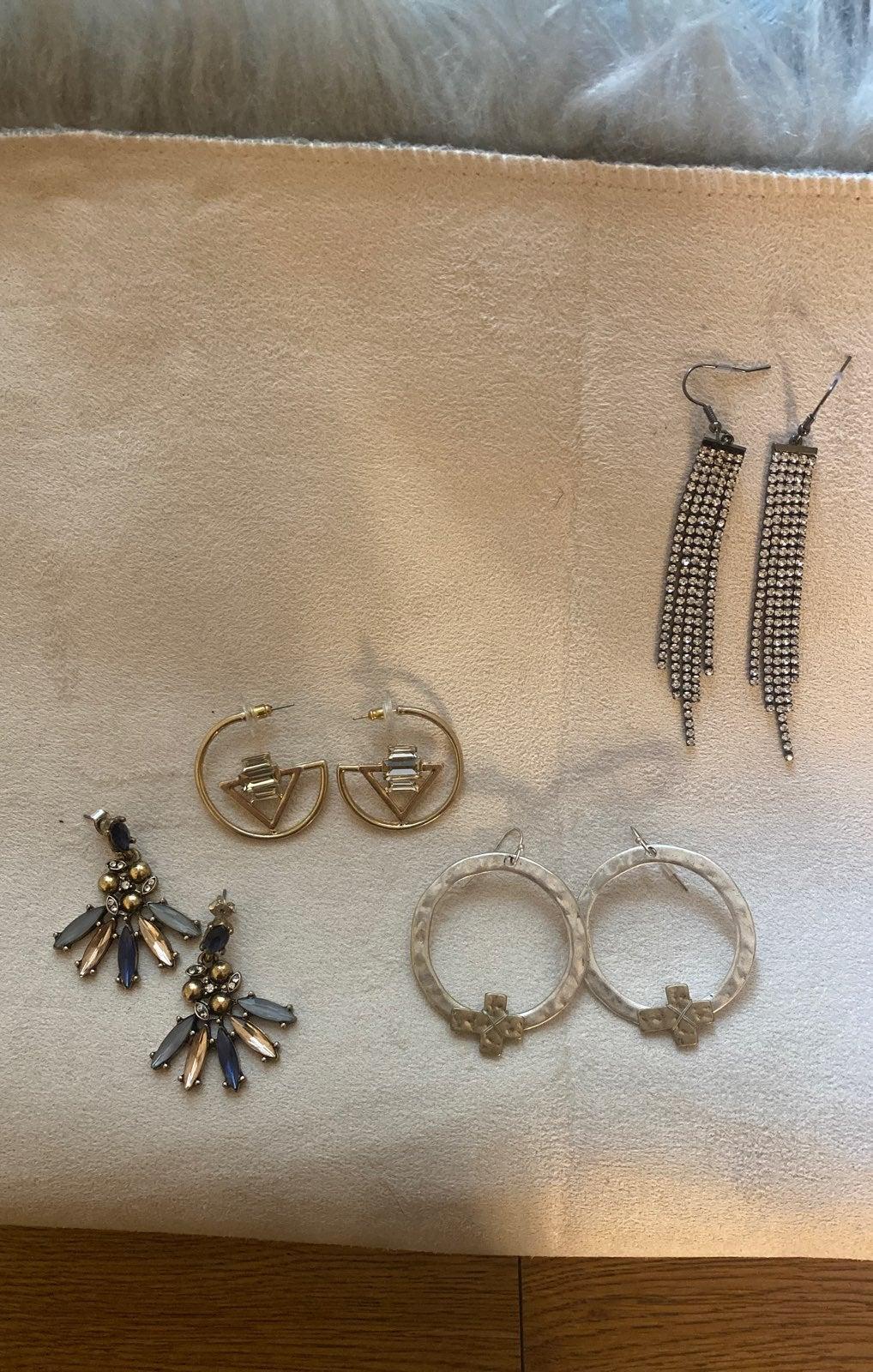 Bundle of 4 Pairs of Buckle Earrings!! :