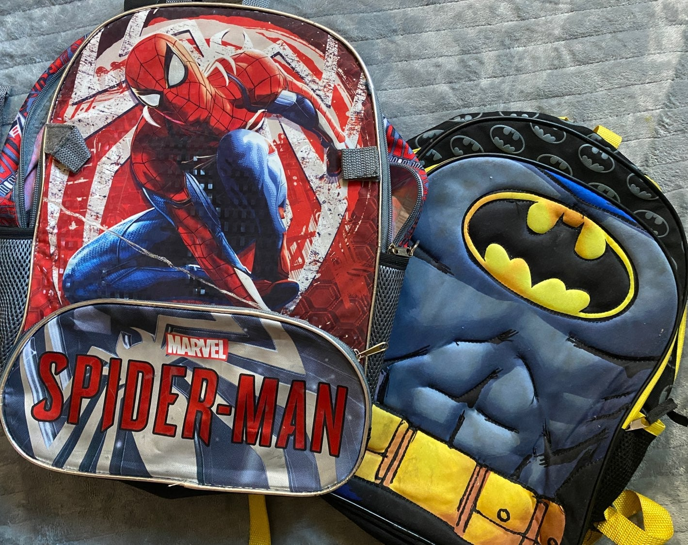 Spiderman/Batman Backpack Set