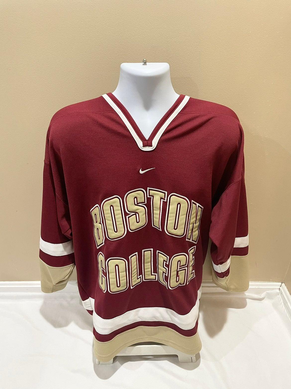 Vintage BOSTON COLLEGE Embroidered NIKE Ice Hockey Jersey Men's Large EUC