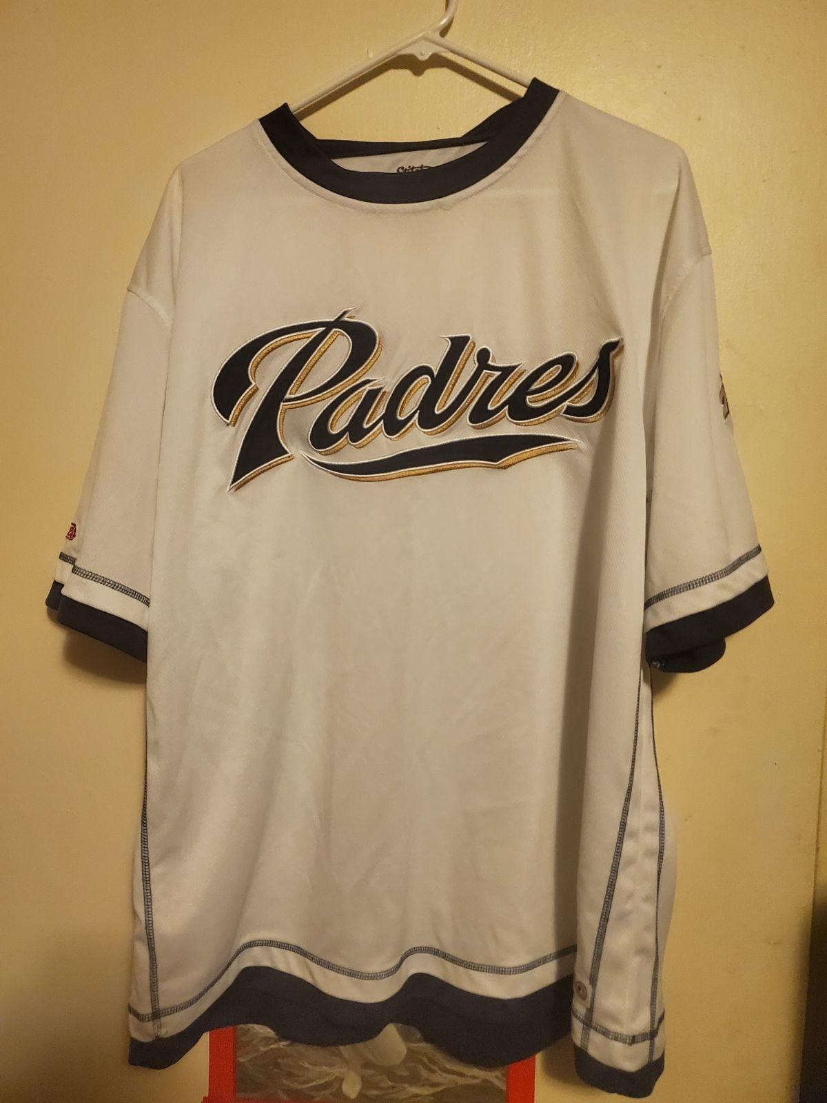 MLB  San Diego Padres  T-shirt stitched
