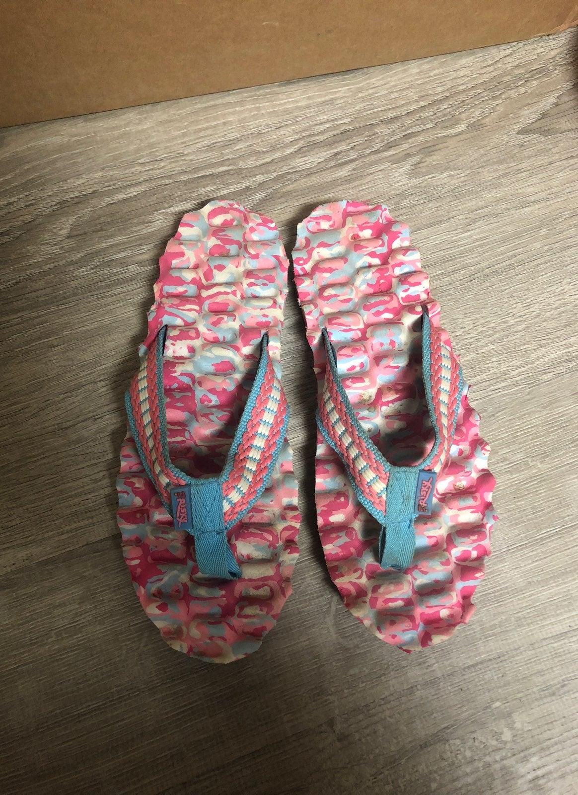 Frisky Memory Foam Sandal Flip Flop Shoe