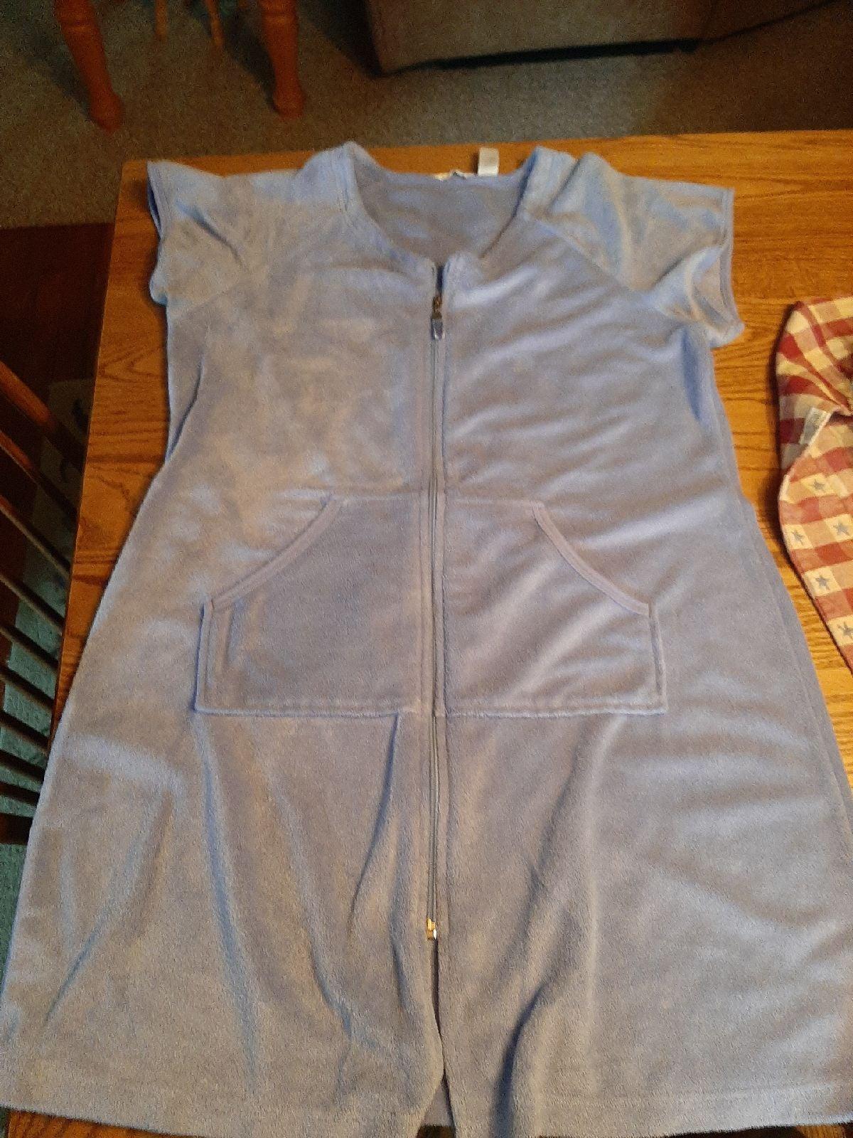 Terricloth short robe