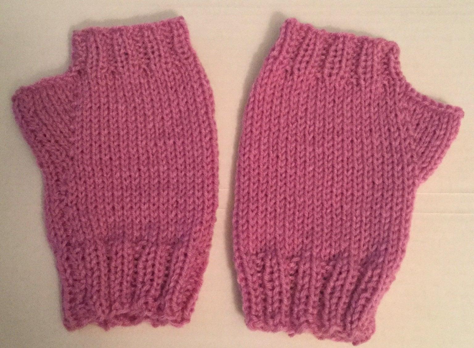 Medium/ large fingerless hand mitts, adu