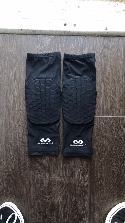 McDavid Hex knee pads