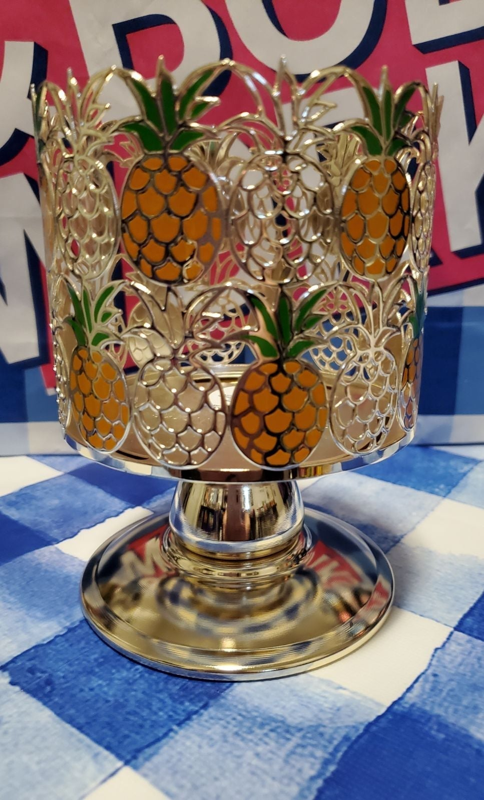Pineapple 3 wick candle pedestal holder