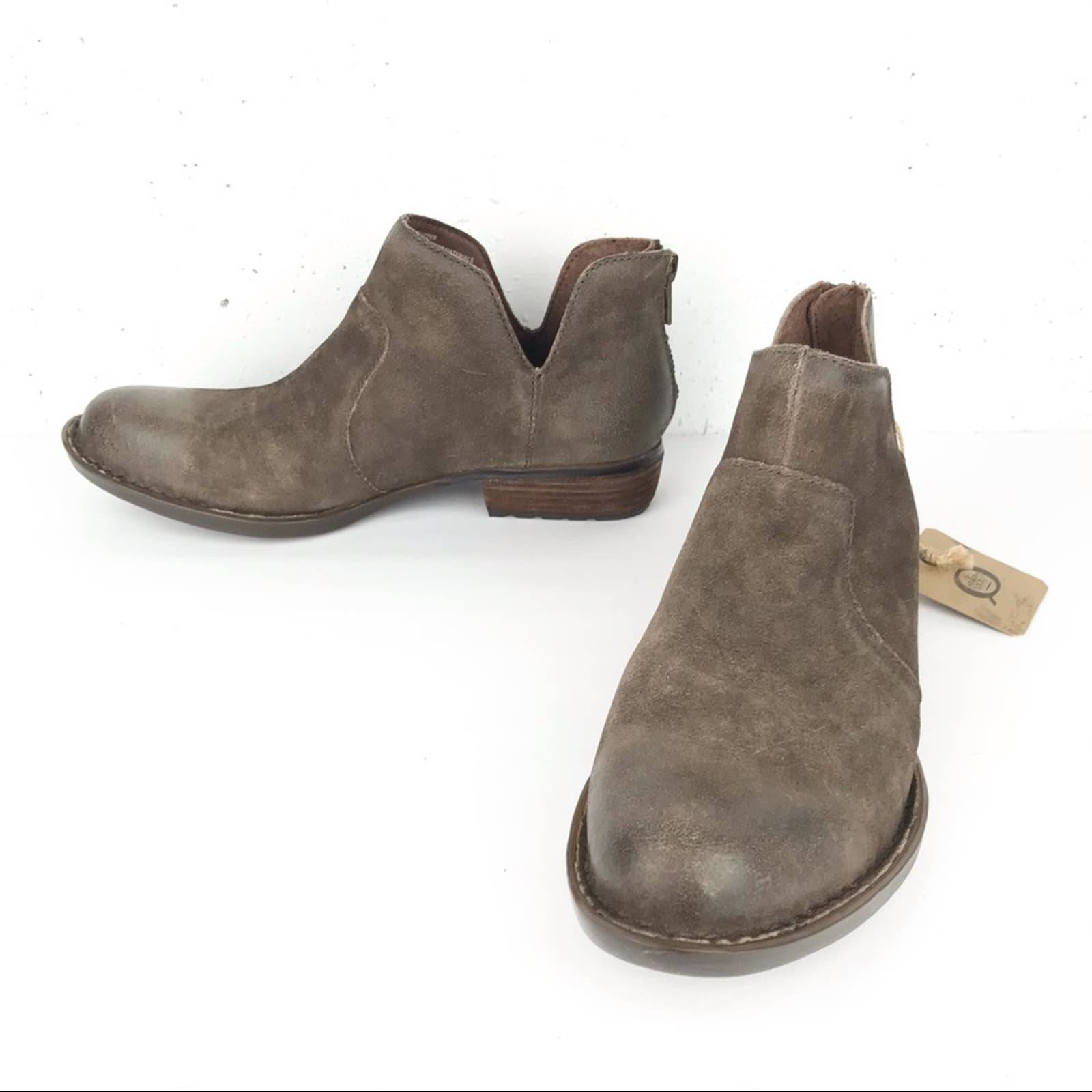 Born Kerri Ankle Boots Taupe Distressed
