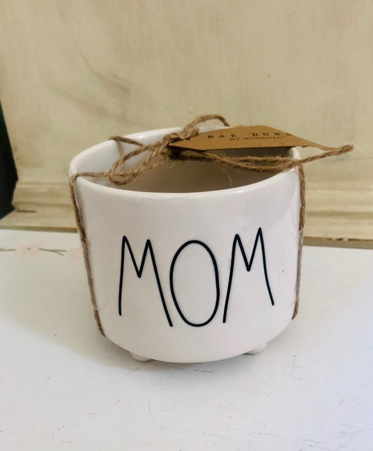 Rae Dunn Mom planter